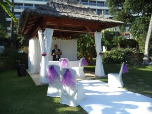 Little and intimate wedding blessing in Marbella